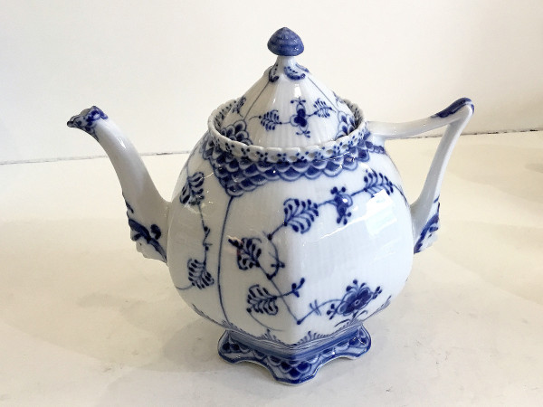 Vollspitze / Full Lace: Teekanne, groß
