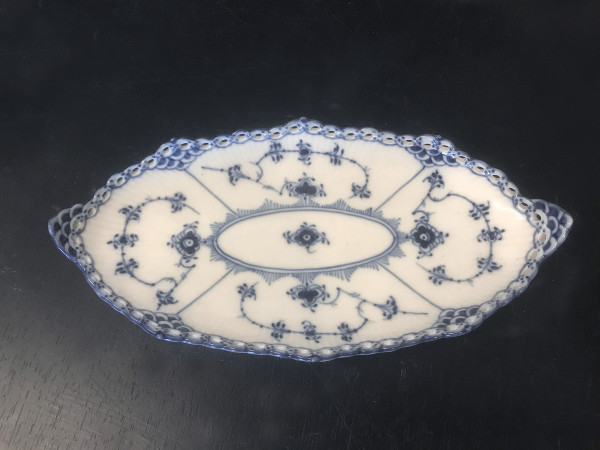 Vollspitze / Full Lace: Flache Schale, oval
