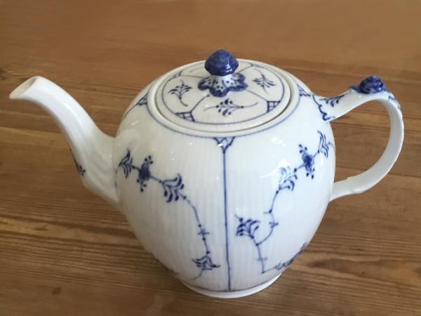 Musselmalet / Blue Fluted: Teekanne, groß
