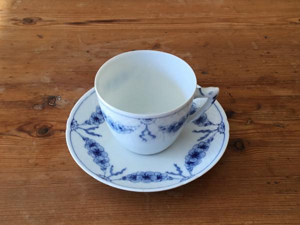 Empire: Kaffeetasse mit Untertasse