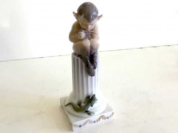 """Royal Copenhagen Figur """"Faun auf Säule"""""""