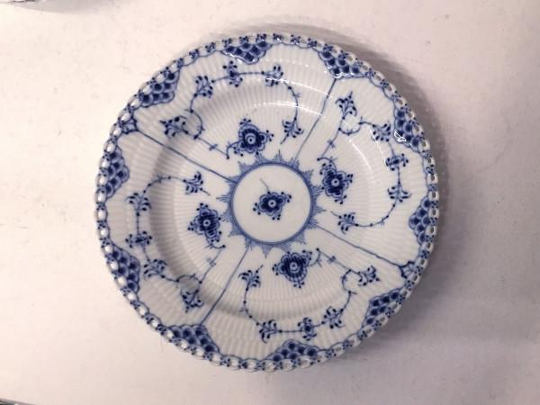 Vollspitze / Full Lace: Frühstücksteller 19 cm