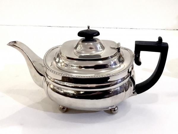 Charles Stuart Harris & Sons: Teekanne