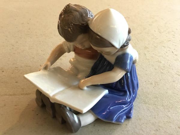 "Bing & Grøndahl Figur ""Lesende Kinder"""